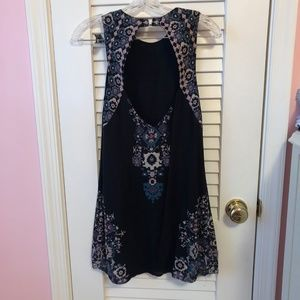 Urban Outfitters Dresses - Urban Outfitters Black Printed Sleeveless Dress XS